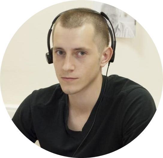 Олег Кузьменков